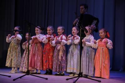 Клуб забытых русских традиций «Если б молодость знала…»