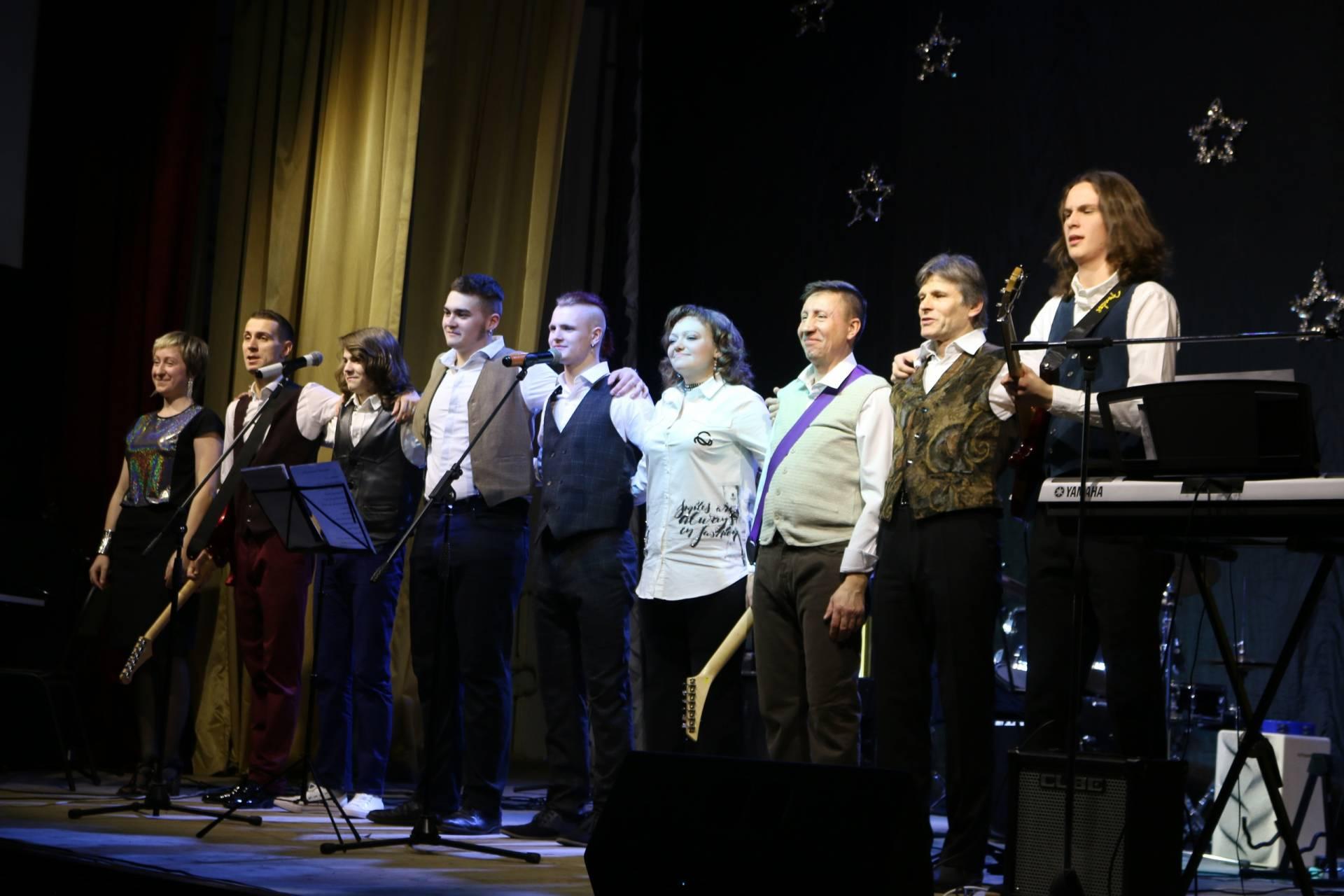 Вокально – инструментальный ансамбль «Талисман»