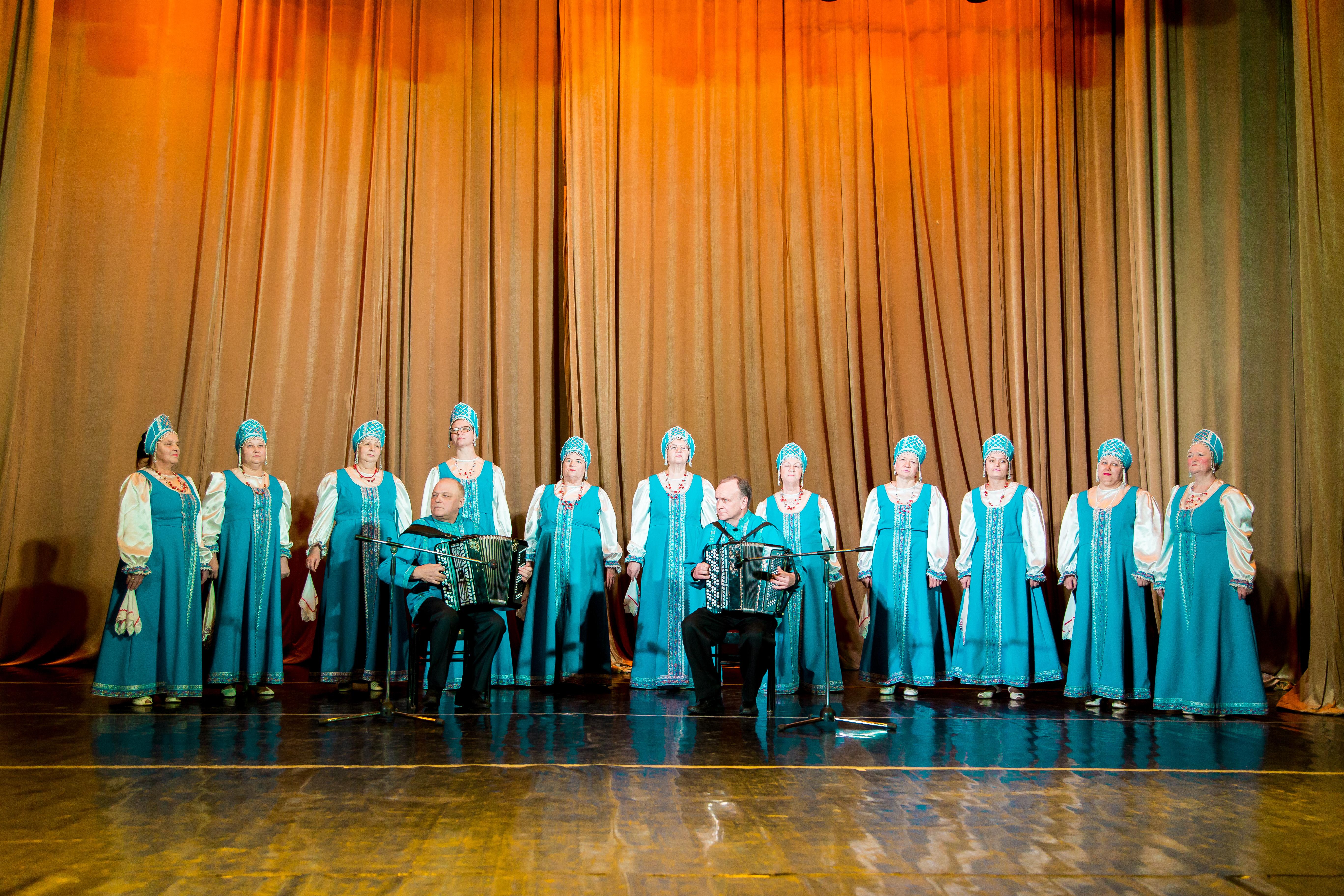 Хоровая группа Ансамбля песни и танца «Родная сторонушка» (45+)
