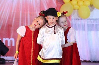 """Детская студия танца """" ВАСИЛЁК""""  (дети от 5 до 12 лет)"""