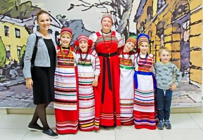 Детский фольклорный ансамбль «Павушки» от  5 до 13 лет